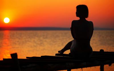 Verringere deine Selbstzweifel, indem du deinen inneren Kritiker verstehst