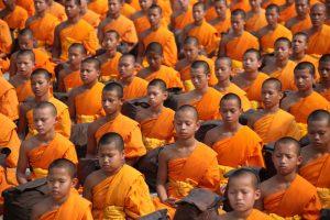 Achtsamkeitsmeditation Mönche meditieren